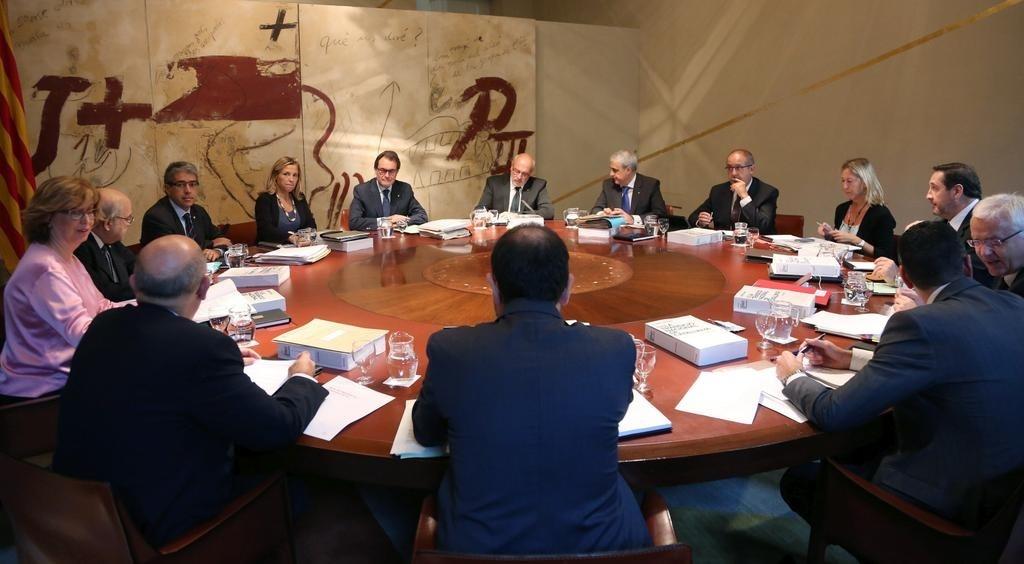 El Diario Oficial de la Generalitat publica el nombramiento de las comisiones de seguimiento del 9N