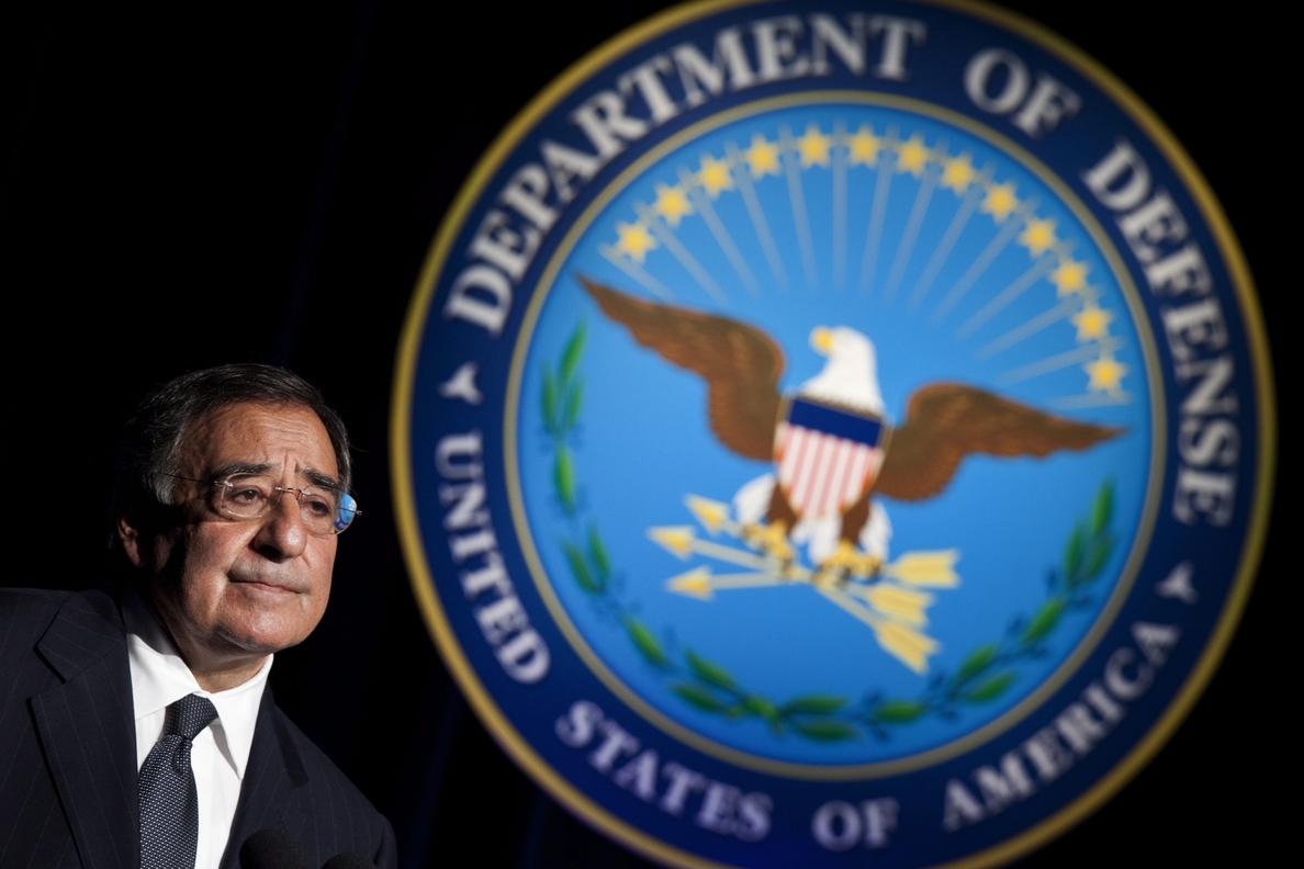 El exsecretario de Defensa de Obama le vuelta a atizar por «perder el rumbo»