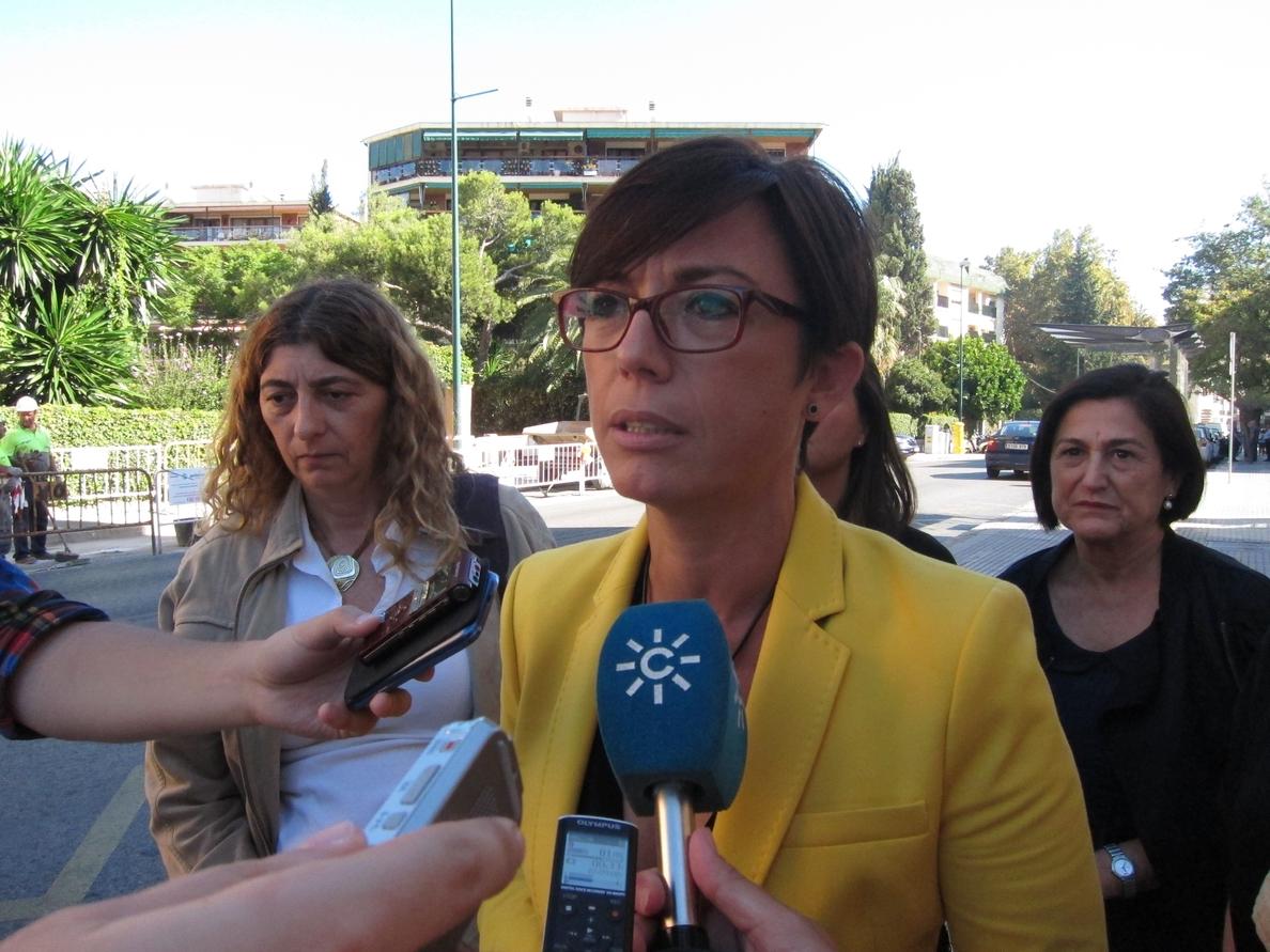 El PSOE-A ve «malintencionada» y «muy grave» la reflexión de Moreno sobre el Parlamento andaluz