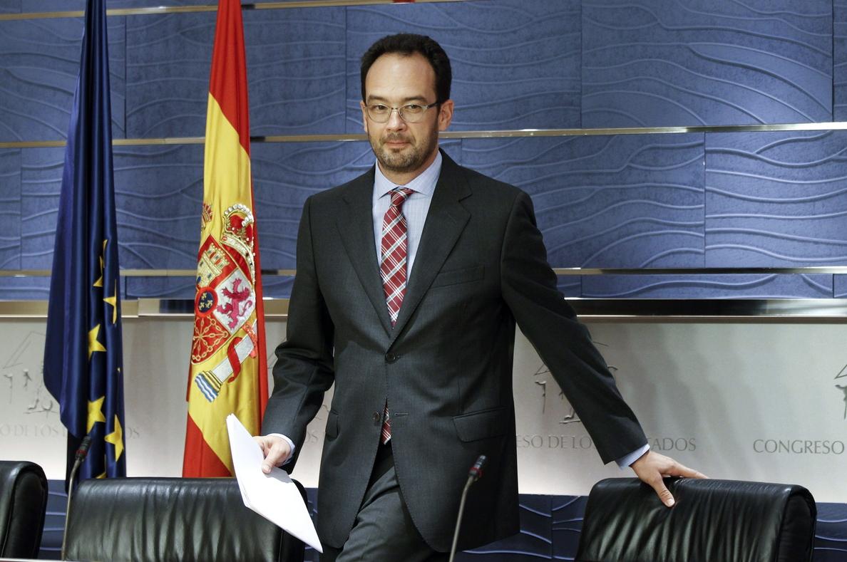 El PSOE dice que no es momento de pedir responsabilidades pero «Mato debe informar»