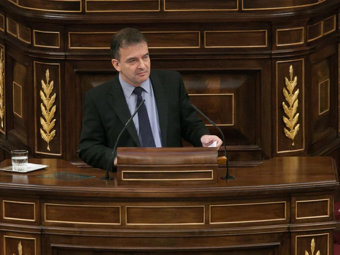 Los grupos parlamentarios, obligados a »retratarse» hoy en el Congreso sobre el recurso y la suspensión