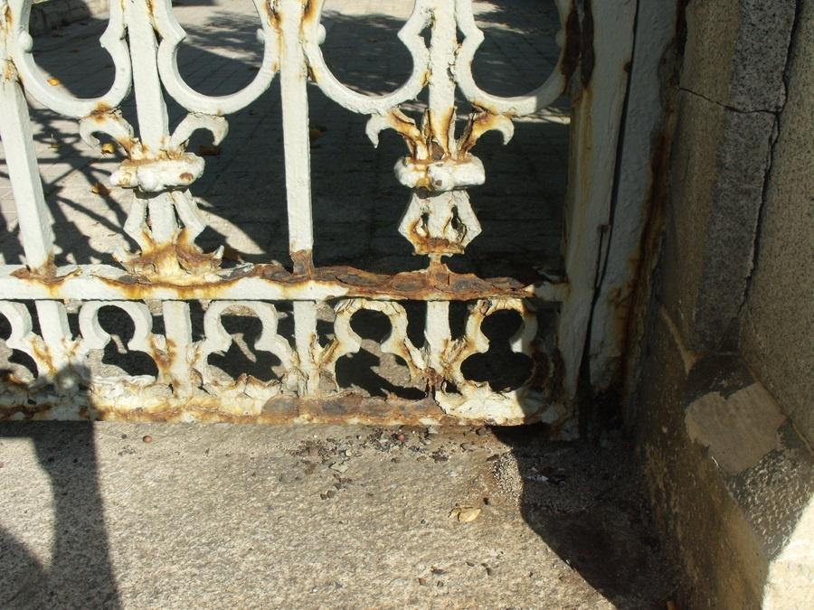 IU pide a Patrimonio inspeccionar el «deterioro» de algunos elementos de la estación de tren de Toledo, declarada BIC