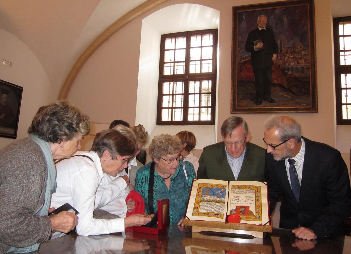 La familia de Unamuno «deja en manos» de la USAL la Medalla de Oro de la Ciudad de Salamanca que recibió el escritor