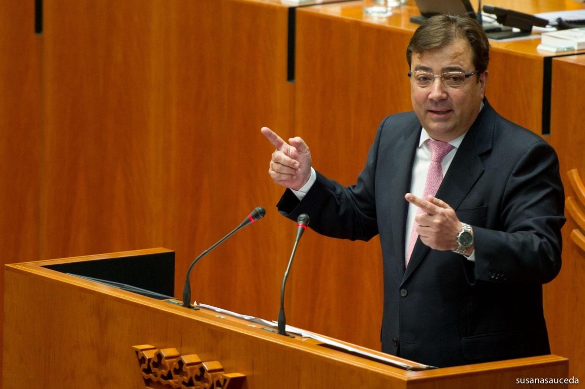 Vara tacha la intervención de Monago y Checa como una «enmienda a la totalidad» de la enmienda socialista