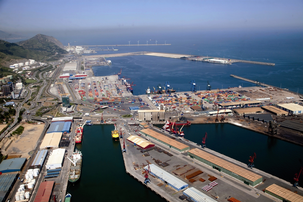 El tráfico del Puerto de Bilbao hasta septiembre aumenta un 1,4%