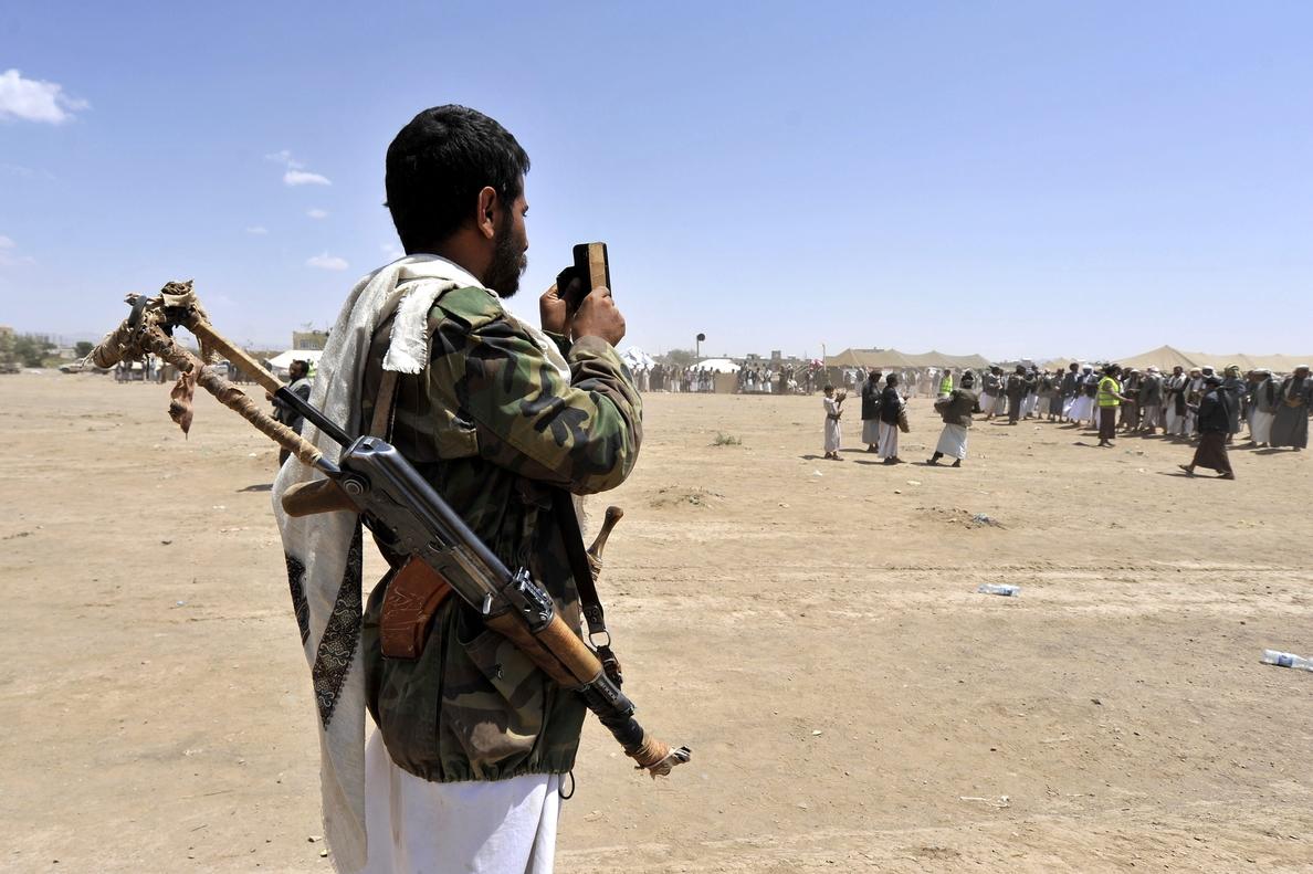 Los hutíes dan ultimátum de 10 días al presidente yemení para formar Gobierno