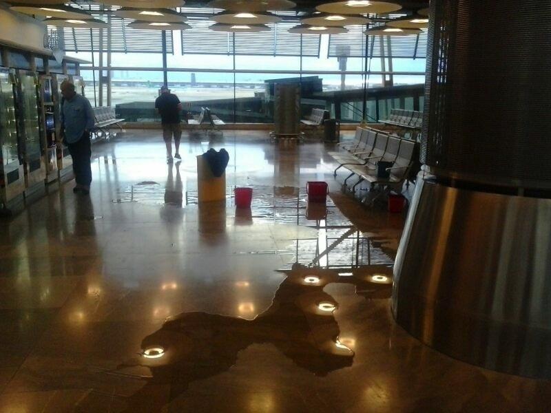 Aena vincula las inundaciones de julio en la T4 de Barajas con el diseño del sistema de evacuación de aguas