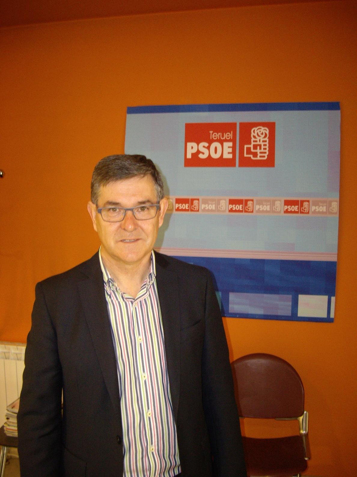 Guillén (PSOE) achaca el aumento de la pobreza infantil a las políticas «austericidas» del PP