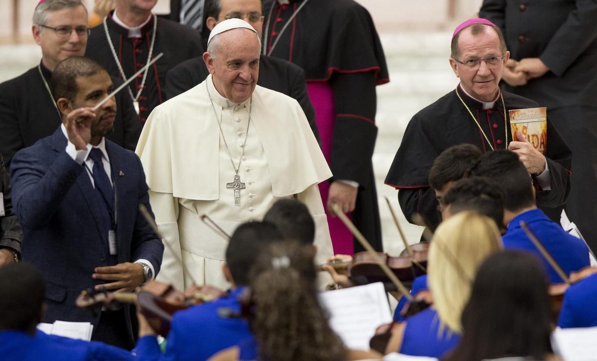 El Papa celebra la beatificación de Pedro Asúa en España y recuerda a los fallecidos