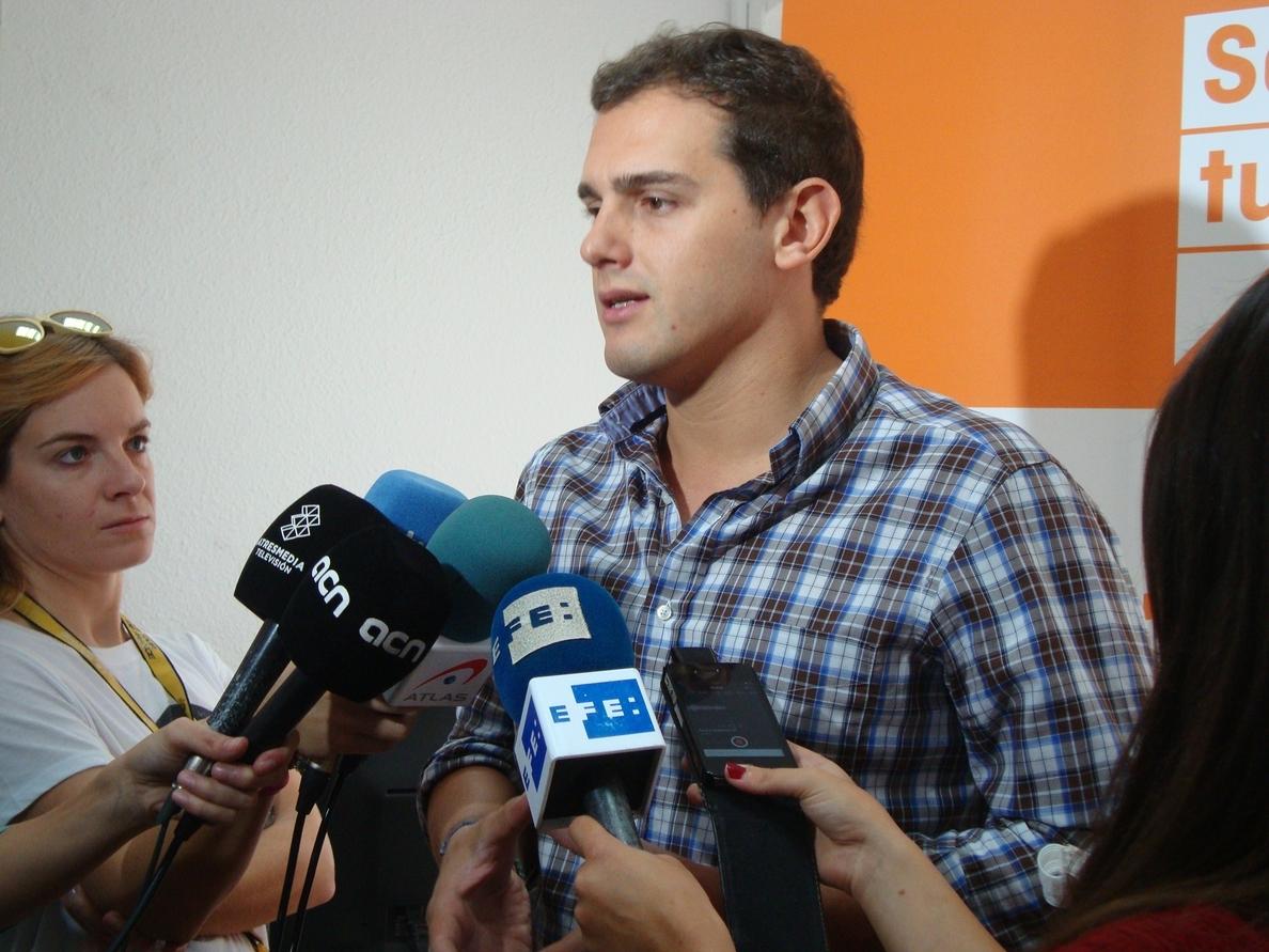 Rivera (C»s) pide a Mas que «cumpla las leyes, las sentencias y que gobierne»