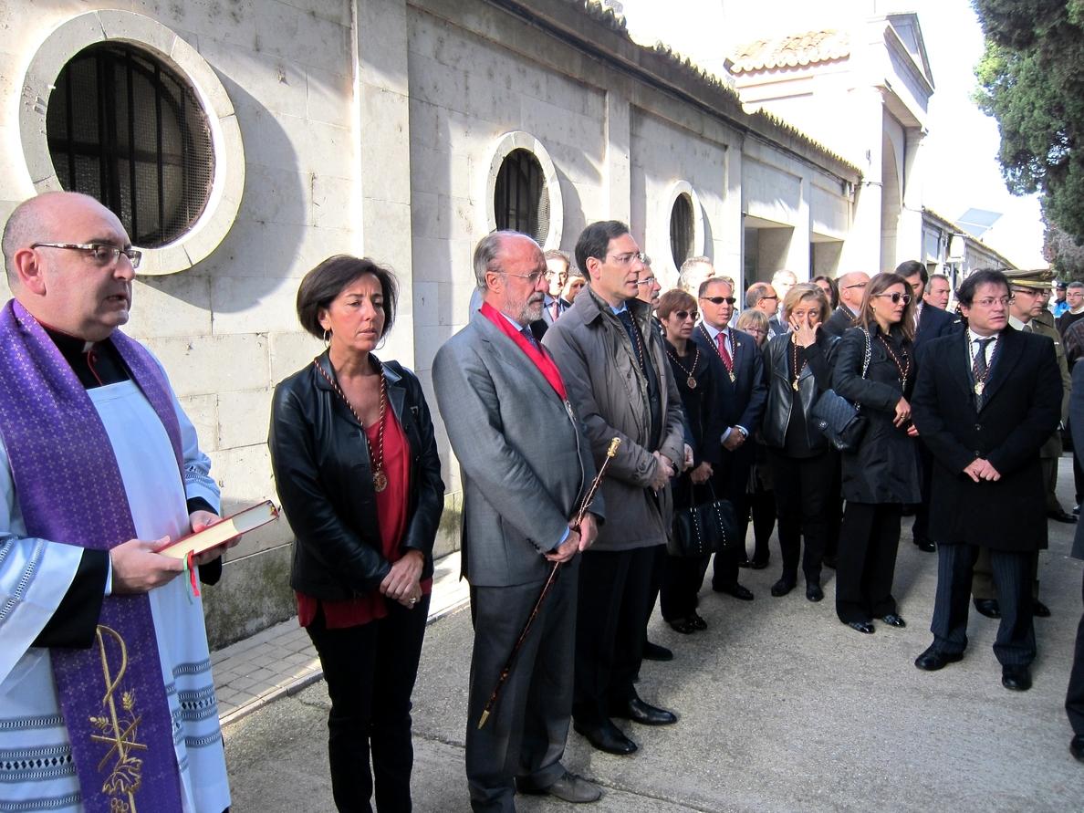 Valladolid recuerda en el Día de los Santos a Ilustres y ciudadanos que desempeñaron un servicio público por los demás