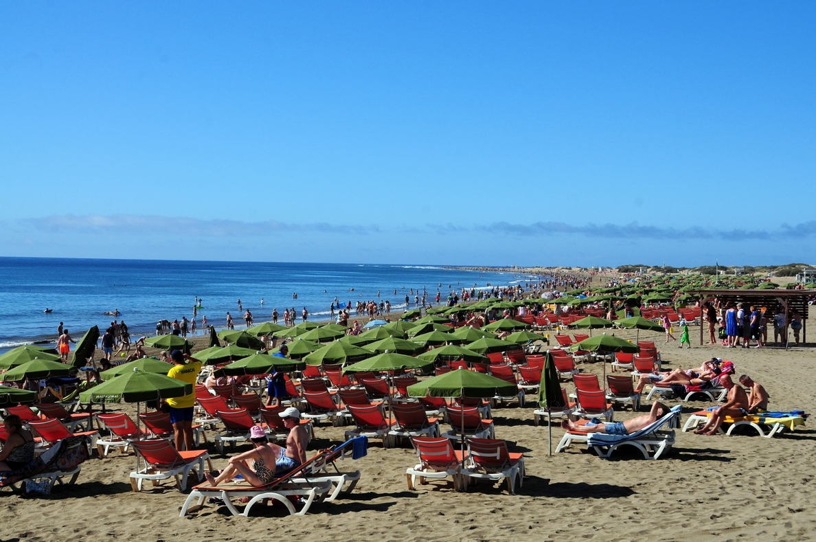 El Gobierno destina 844.000 euros a Canarias en materia de playas hasta agosto