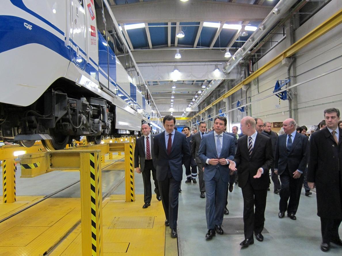 Metro de Madrid estima que su plantilla se quedará en 2015 en 6.641 empleados, casi un millar menos que en 2013