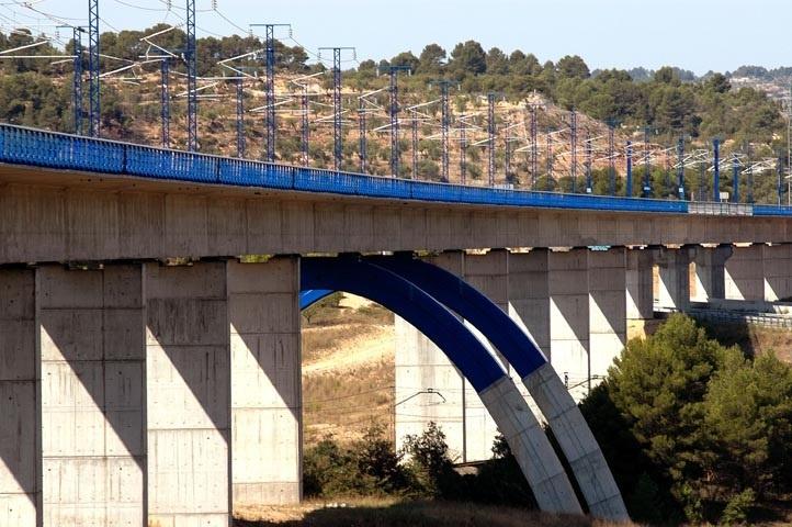 ACS, FCC, Ferrovial, OHL y Comsa mantendrán el AVE a Sevilla y el Córdoba-Málaga por 65,7 millones