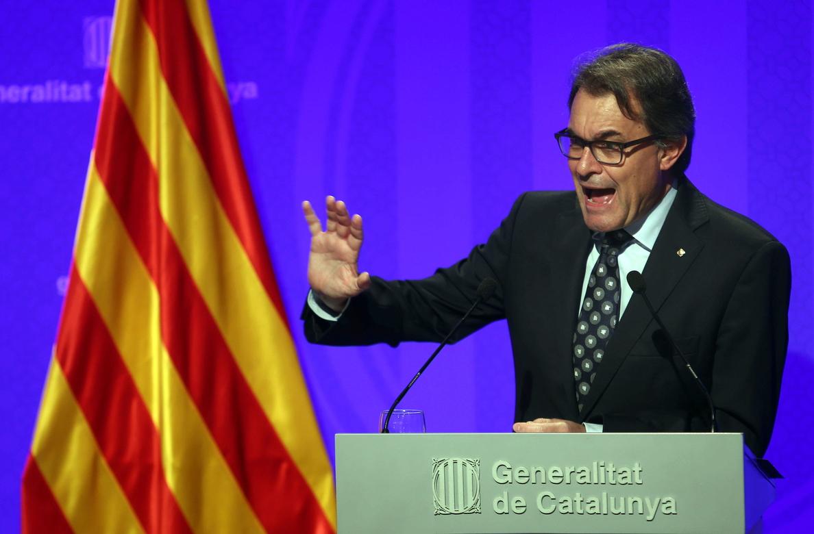 La Generalitat presenta una demanda ante el Constitucional para pedir que no suspenda el 9N
