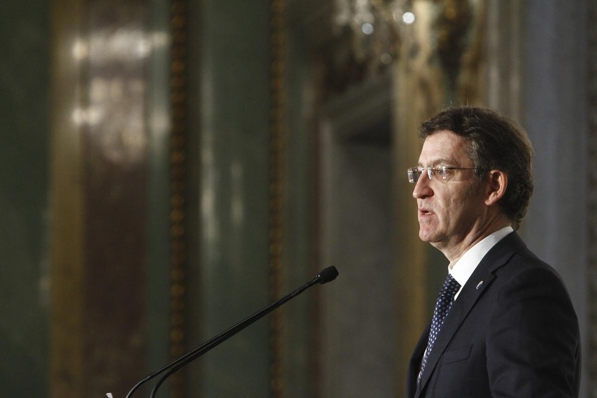 Feijóo advierte del riesgo de dejar «un país que aún no salió de la crisis» en manos de «ideologías que no se concretan»