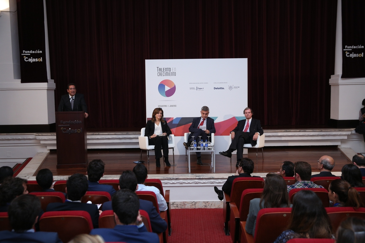 El presidente de Fundación Cajasol inaugura la jornada »Talento en crecimiento» de la CEDE