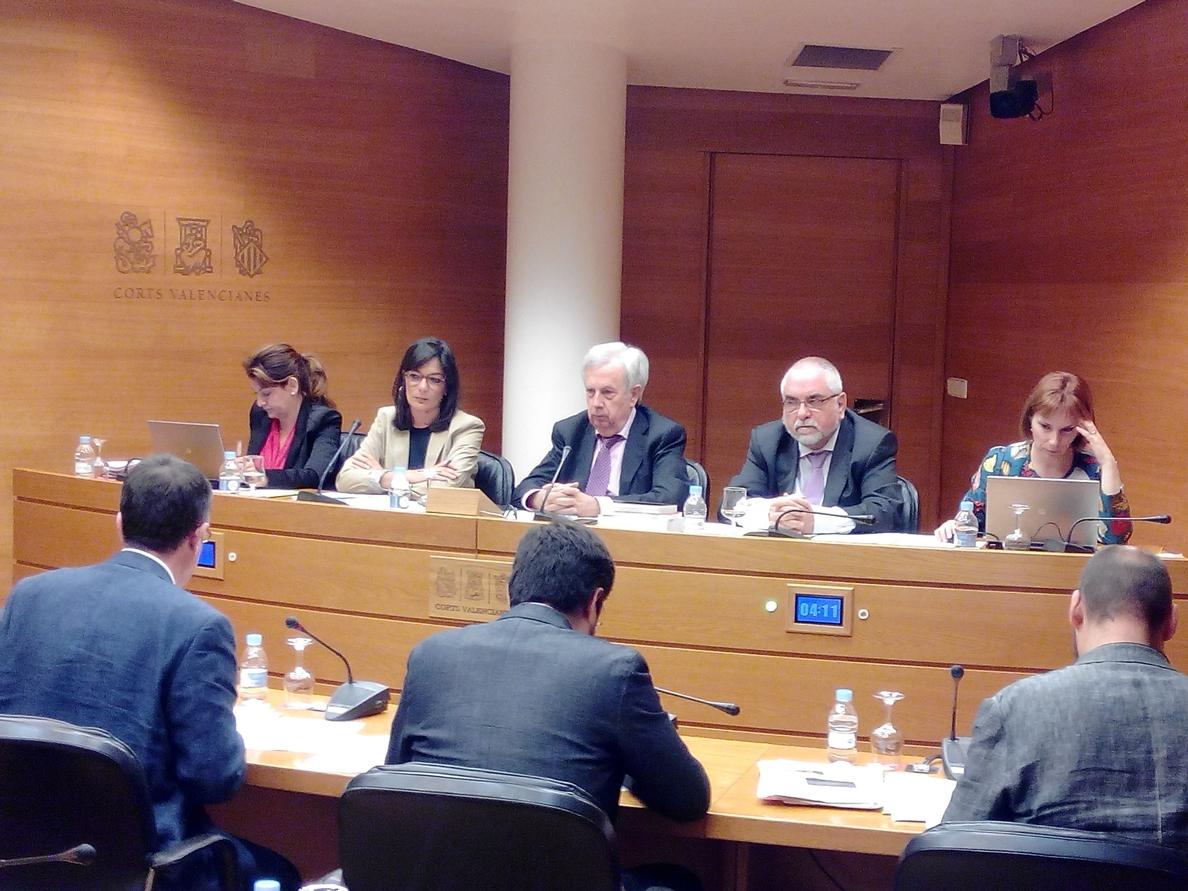 La Generalitat asegura que la red de repetidores de RTVV no se venderá y el Consell asumirá su titularidad