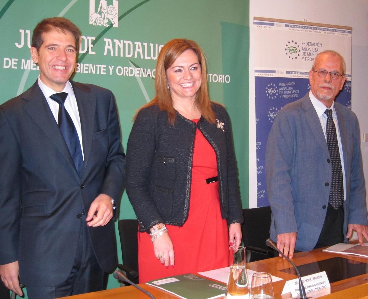 Junta ve «óptimos, aunque mejorables», los datos andaluces de reciclaje en 2013, con casi 196.000 toneladas de envases