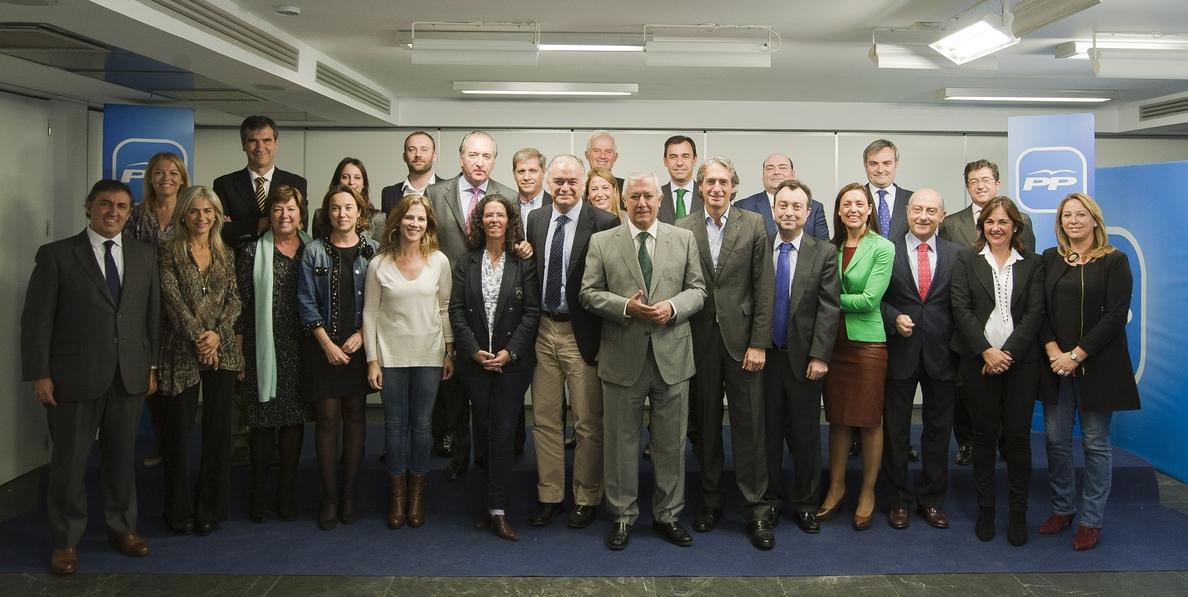 El PP reúne a sus alcaldes para preparar la estrategia municipal que culminará con una convención en enero