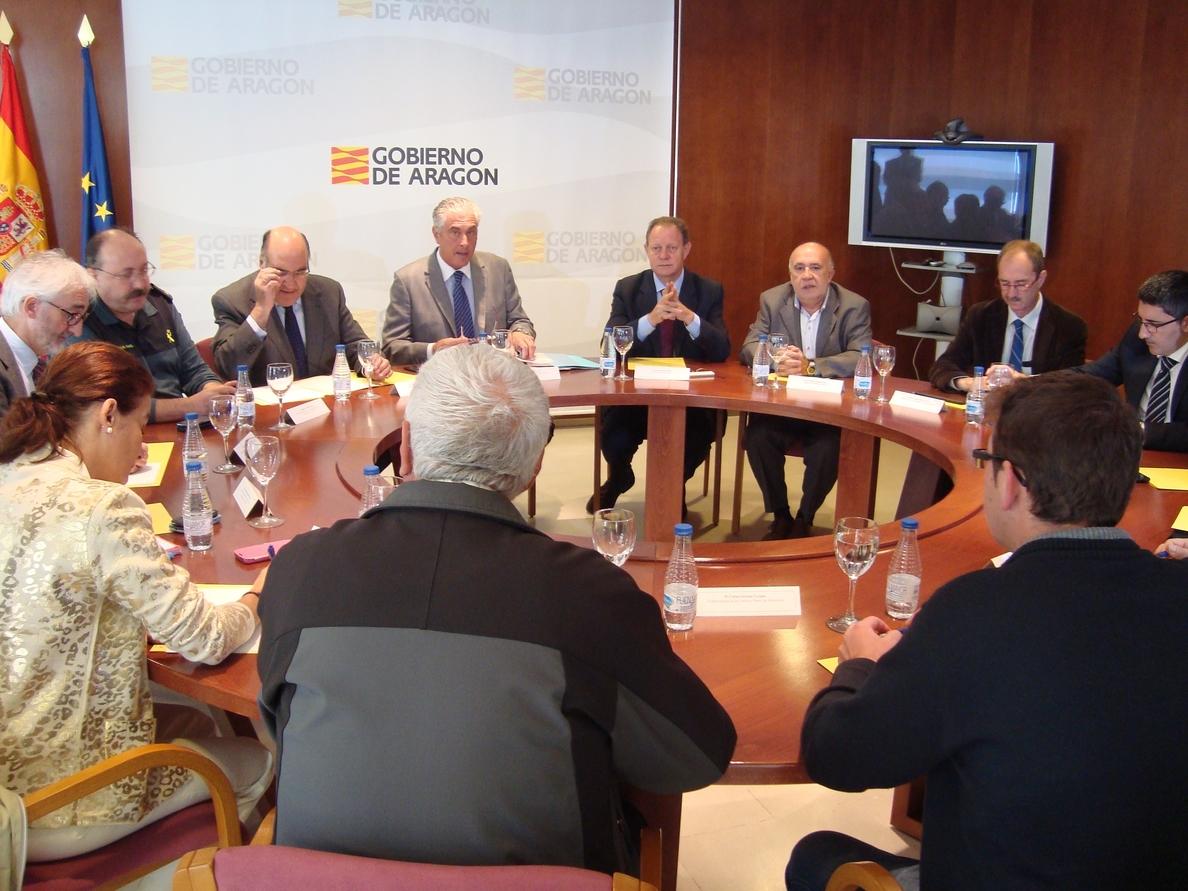 Suárez asegura que «está preparado» todo el operativo para afrontar la campaña de invierno en zonas de montaña de Teruel