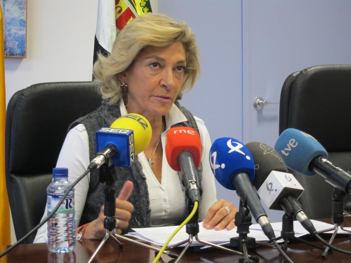 La lista de espera para percibir la ayuda a la dependencia en Extremadura baja un 71%, por encima de la media nacional
