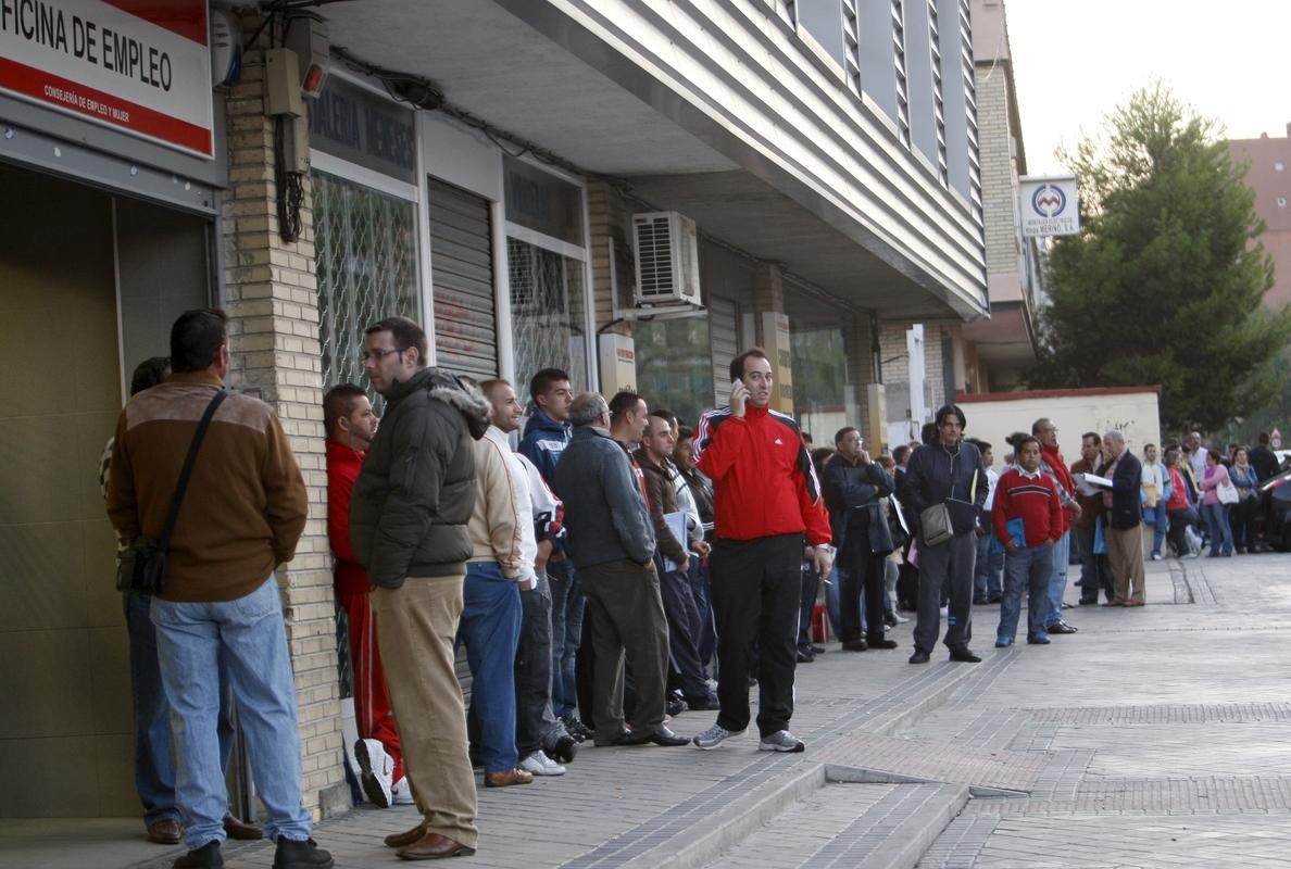 El paro aumenta en quince Comunidades, lideradas por Andalucía, Castilla la Mancha y Baleares