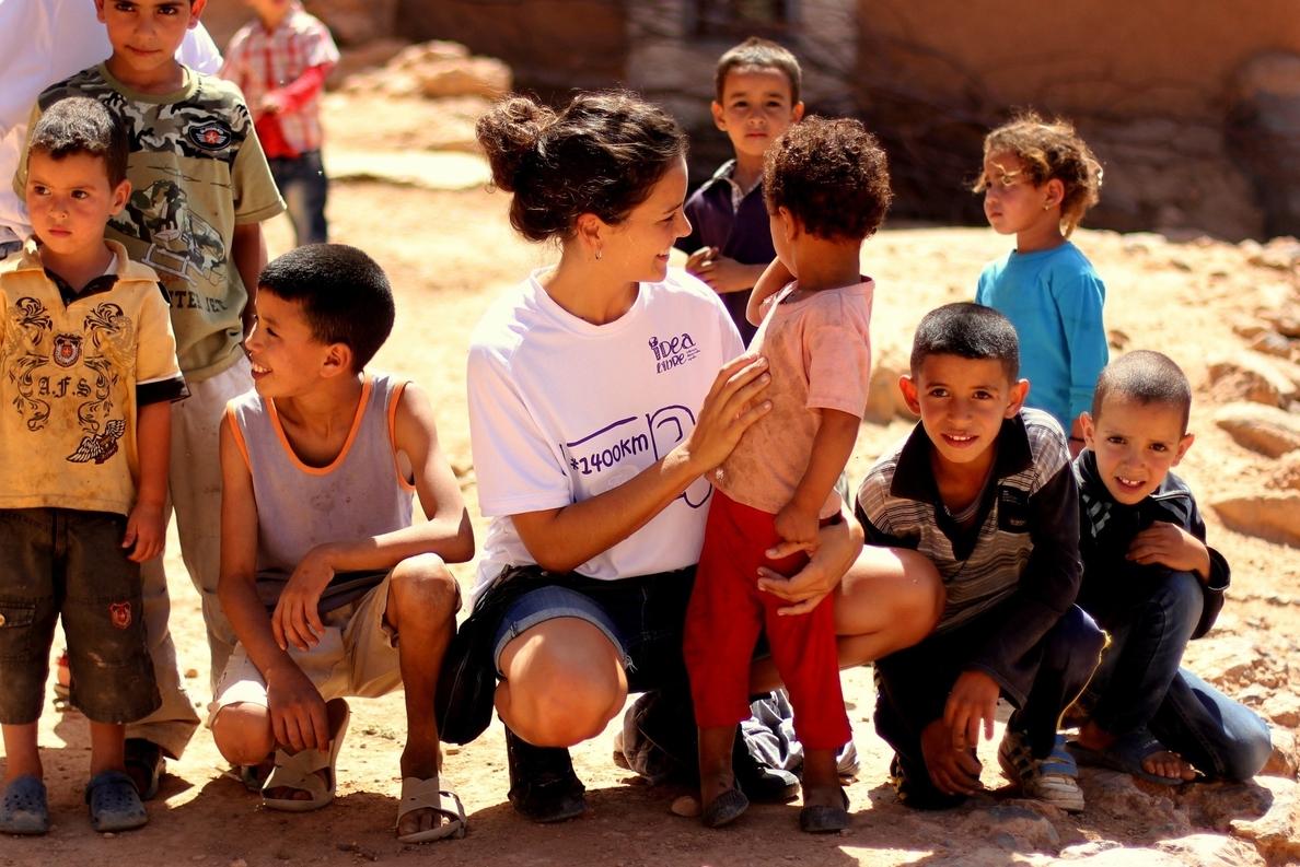 La ONG Idea Libre y actores españoles organizan un mercadillo solidario para escolarizar a 72 niños marroquíes