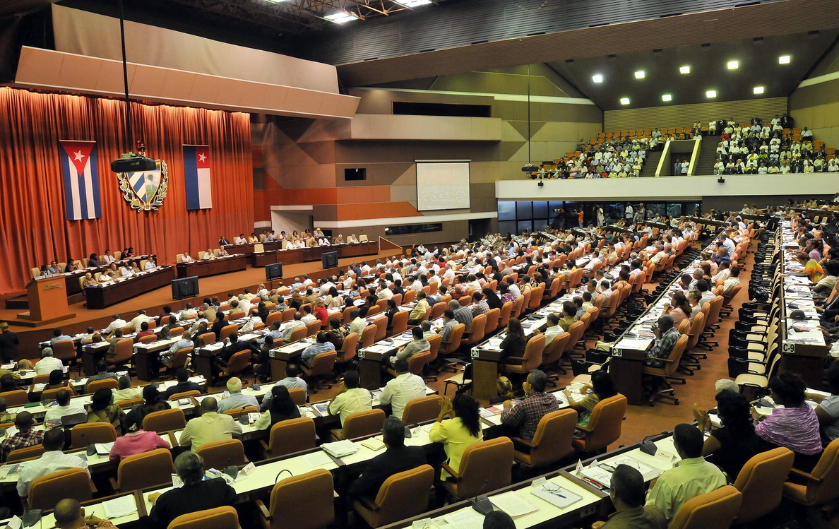 Raúl Castro reitera que Cuba no renunciará a su sistema político socialista