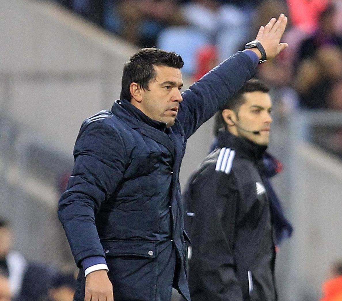 Roberto Lago y Escudero, fuera de la lista por lesión para jugar en Granada