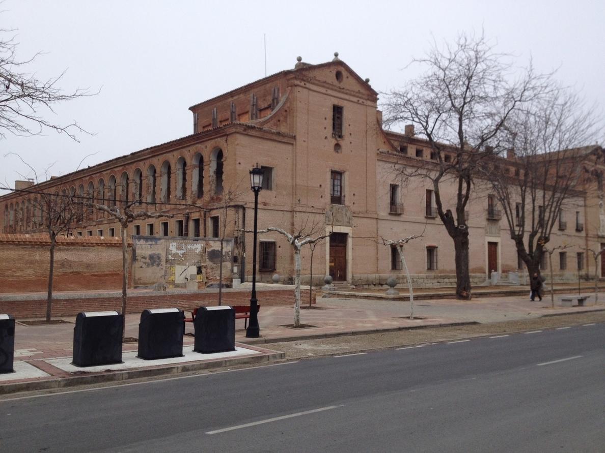 El arquitecto Luis Navarro sostiene que salvar el Hospital Simón Ruiz «no es problema de dinero sino de inteligencia»