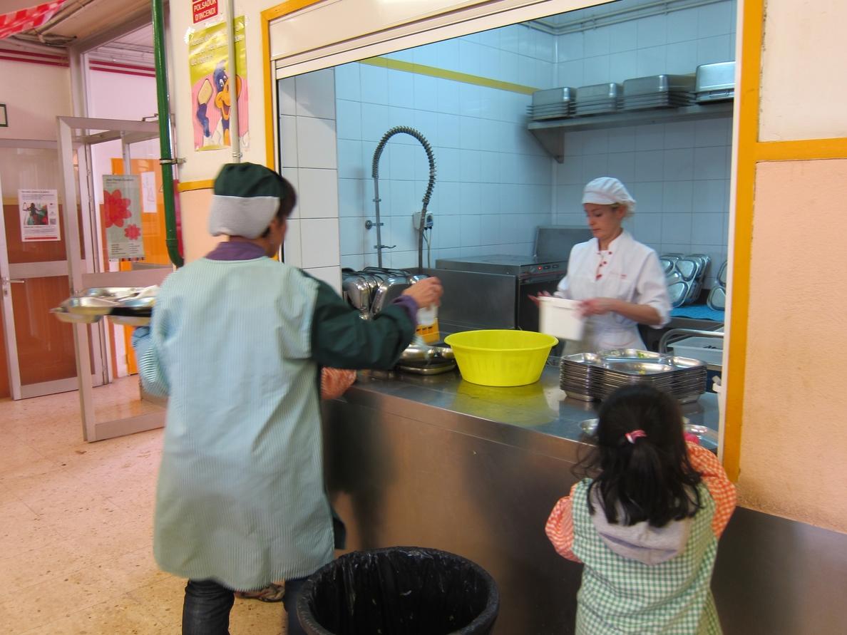PP-A insta a la Junta a cambiar la normativa para que se pueda ofertar el servicio de comedor a centros concertados