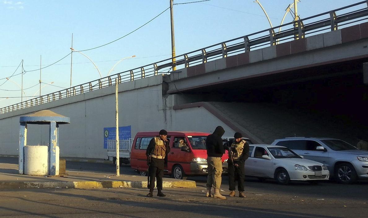 Tropas kurdas entran en Sinyar tras los duros choques con el Estado Islámico