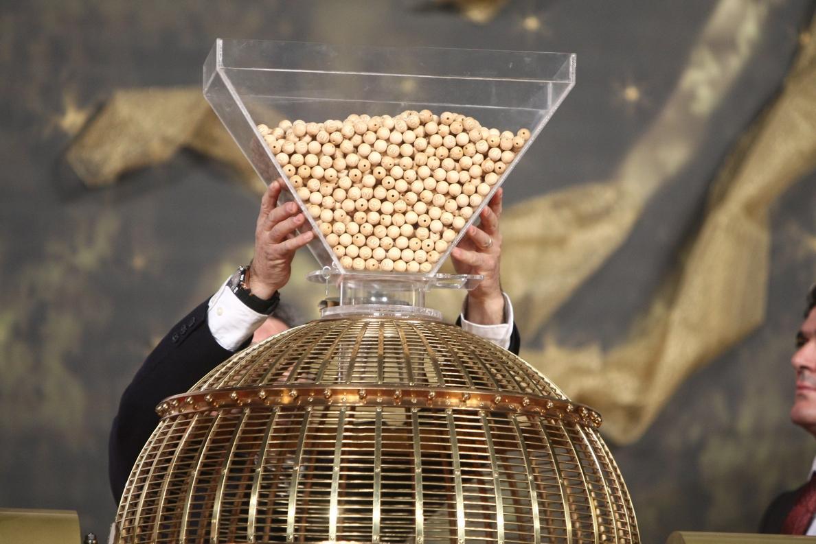 El 7.617, cuarto premio, llega a Cuenca, Albacete, Casasimarro, Mota del Cuervo, Yuncos y Talavera