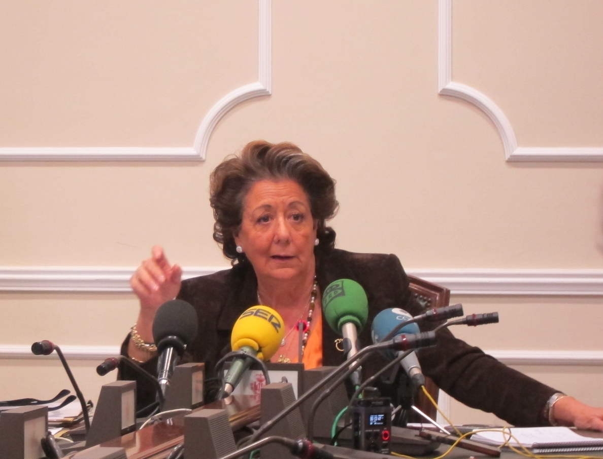Barberá expresa su «satisfacción» por la exculpación de Grau y pide la «dimisión absoluta» del PSPV