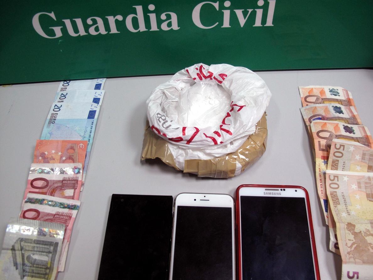 Detenidos tres vecinos de Mérida miembros de una organización dedicada al tráfico de droga en Extremadura