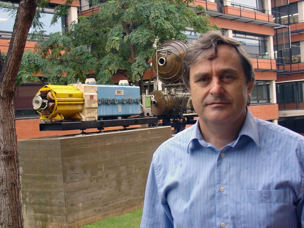 Juan Fuster, presidente de la comisión de física de partículas de la Unión Internacional de Física Pura