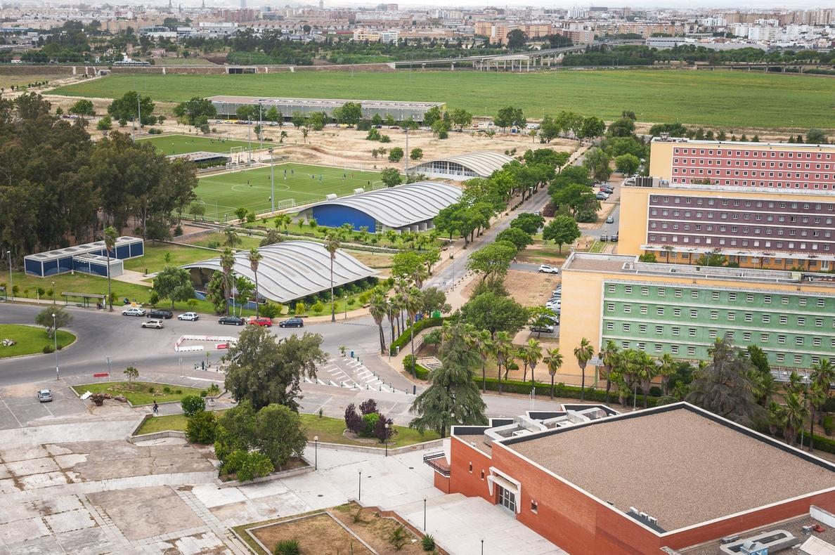 La UPO retoma desde este martes el cierre de edificios en el campus para la Navidad