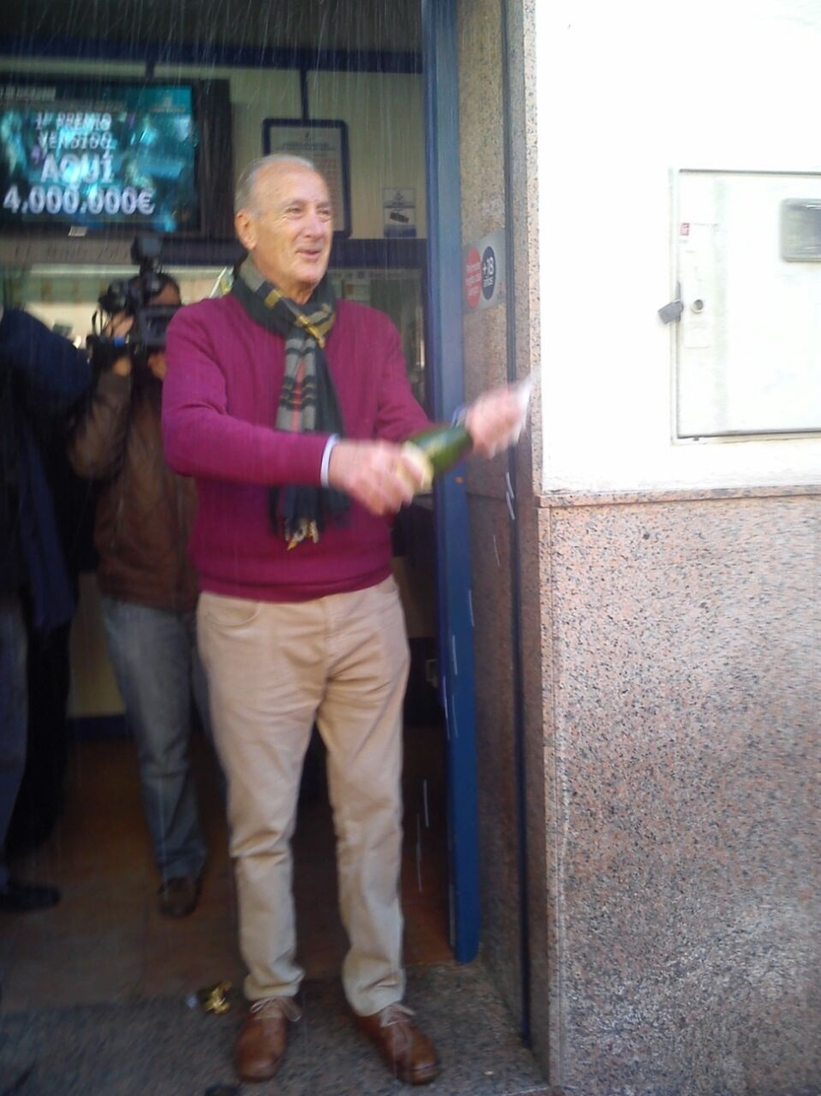 La administración número dos de l»Eliana vende cinco series del »Gordo», 20 millones de euros