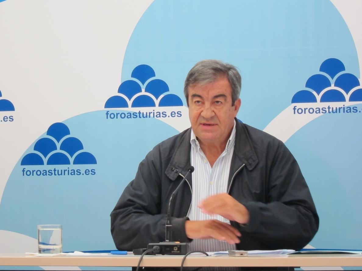 Álvarez-Cascos afirma que la financiación «gratis» a las Comunidades Autónomas «discrimina» a Asturias