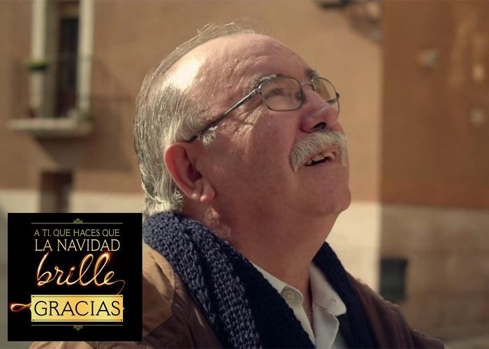 Cristóbal Conesa, el campanero de la paz, haciendo que cada año brille la Navidad