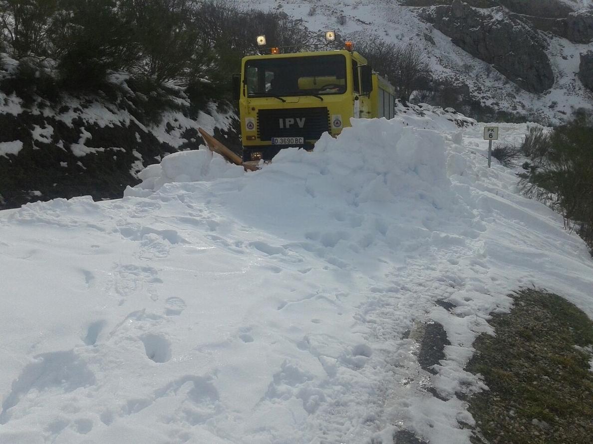El Departamento de Seguridad recomienda precaución en varios puertos de la red secundaria por hielo y nieve