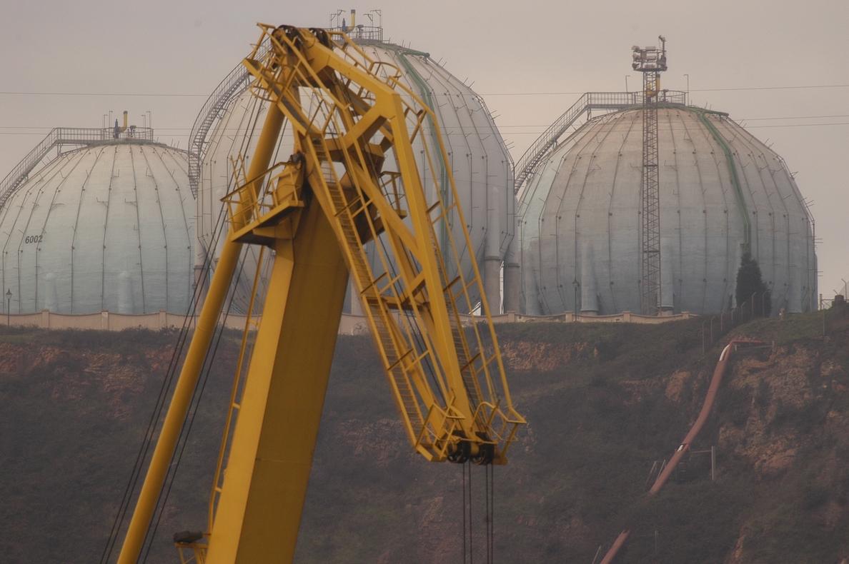 El precio del gas natural bajará un 3,3% de media a partir de enero