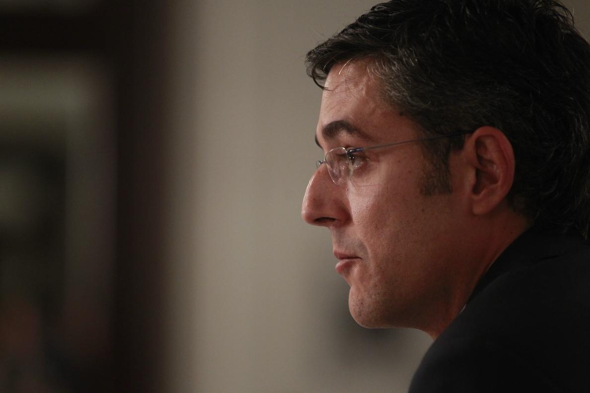 Eduardo Madina se rebela para liderar el sector crítico al pacto antiyihadista