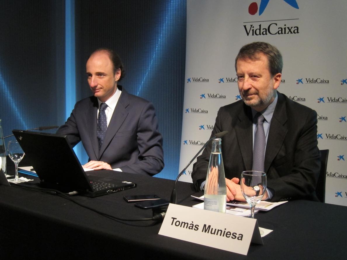(Ampl.) VidaCaixa ganó 871,6 millones en 2014, el doble que el año anterior y su máximo histórico