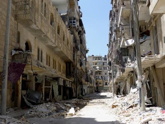 MSF denuncia que los combates en Alepo (Siria) dejan a «decenas de miles de personas» sin acceso a ayuda humanitaria