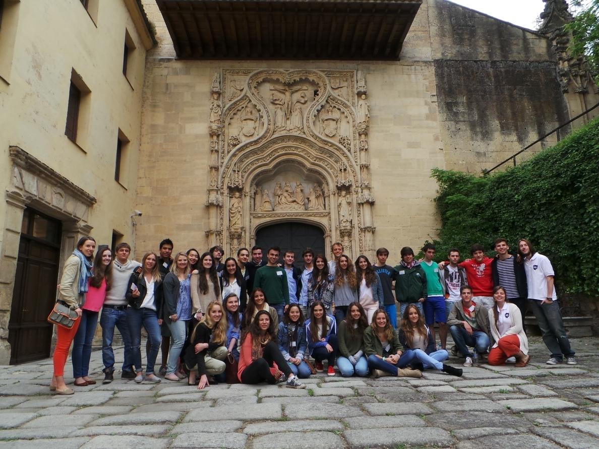 Medio centenar de jóvenes de 20 países se imbuye del ambiente universitario en Segovia