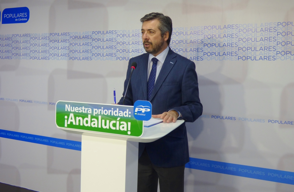 PP dice que el autobús de Los Pedroches es una «tomadura de pelo y funcionará hasta que pasen las municipales»