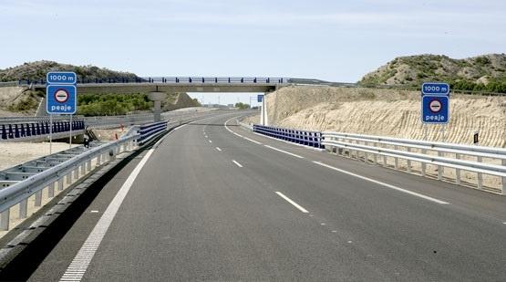 Detenidos dos conductores por participar en una carrera ilegal en la autopista del sur de Gran Canaria