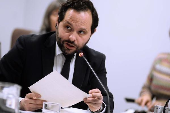 Sanjuanbenito le dice a IU si van a pedir «subrogación» a Ganemos y Podemos a partir de las elecciones de mayo